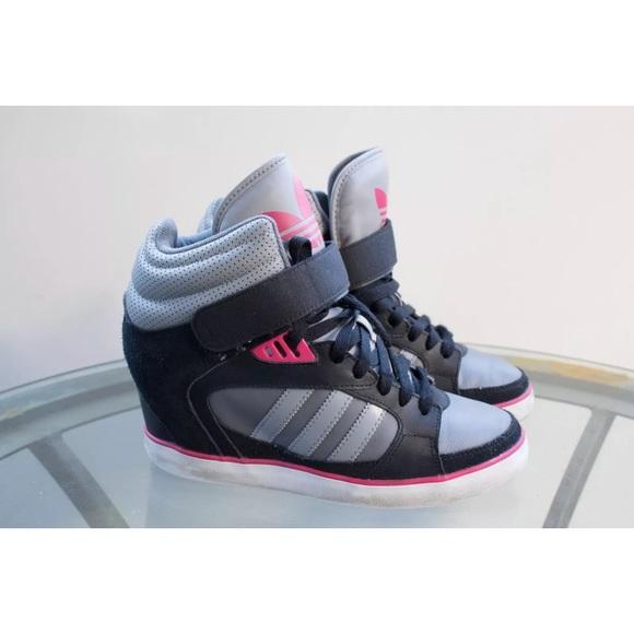 adidas Shoes - ADIDAS AMBERLIGHT HIDDEN WEDGE SNEAKER SIZE 8.5 4988f4a9e